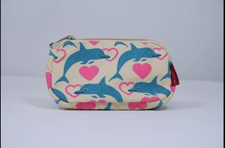 Dolphin Clutch
